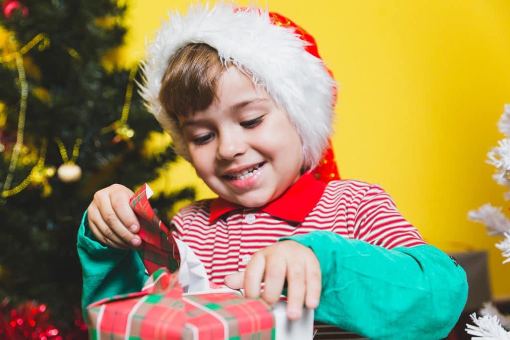 Coole Weihnachtsgeschenke für Jungs von 0 bis 12 - Littleli